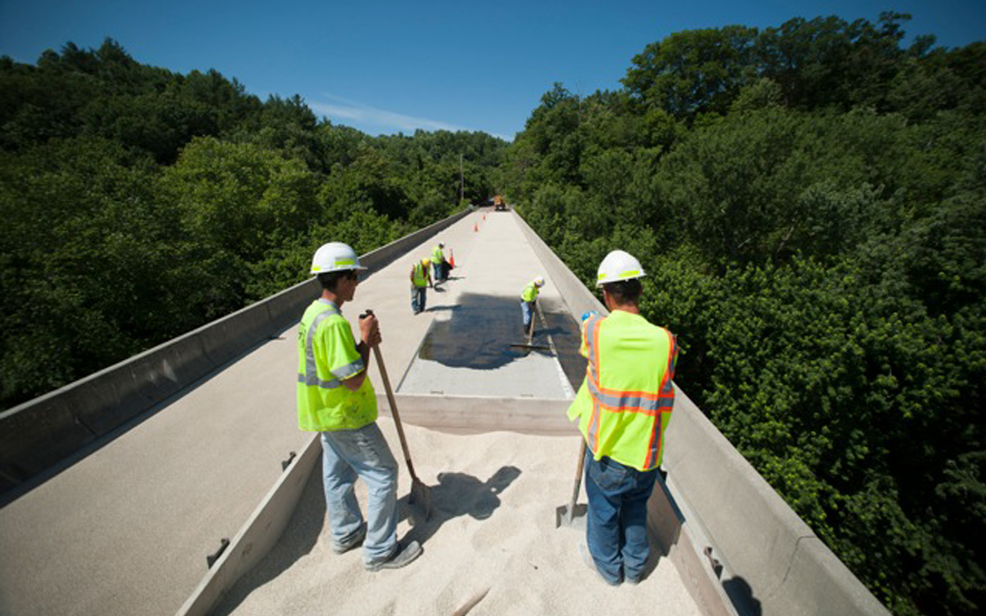 FHWA Issues Proposed Rule Setting Pavement, Bridge Standards