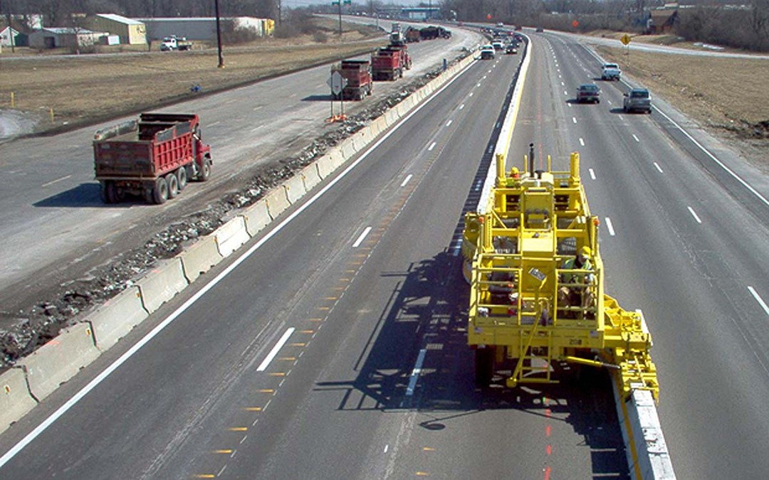ARTBA Urges FHWA to Allow Federal Funds for Movable Safety Barriers