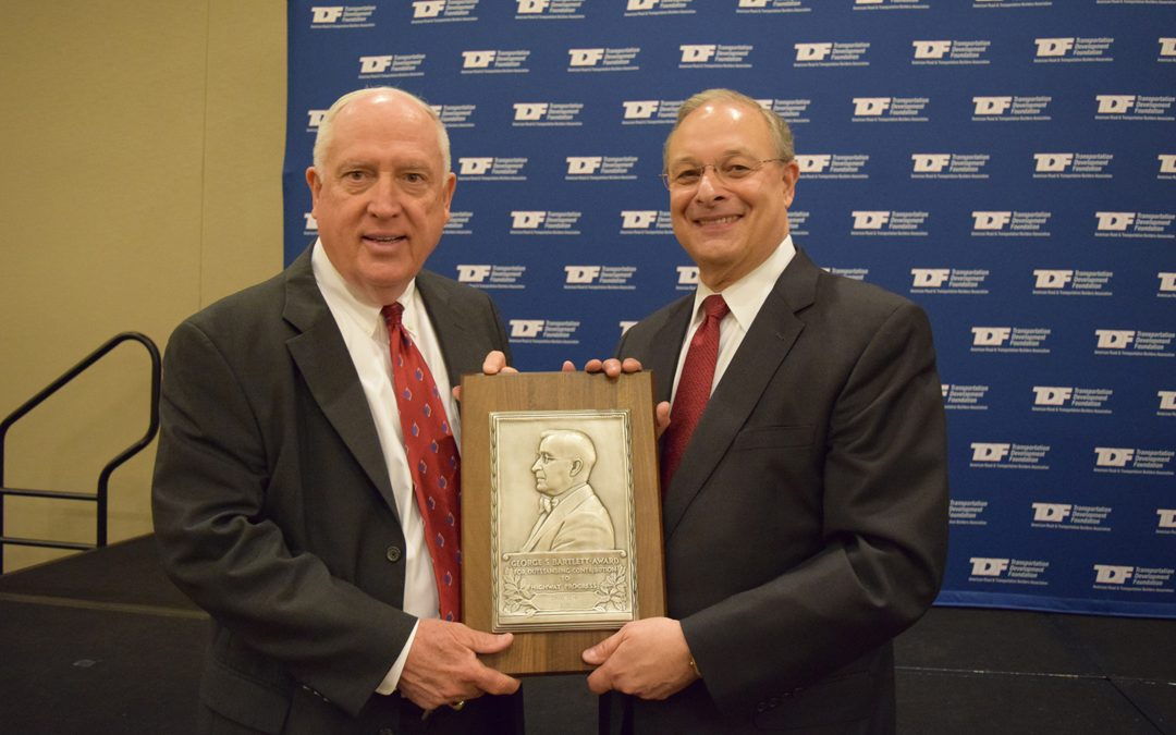 Dave Gehr Receives 2015 Bartlett Award